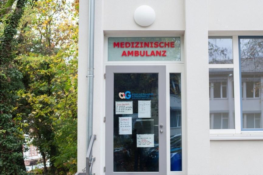 Eingang Ambulanz ohne Grenzen, Clearingstelle Krankenversicherung RLP